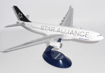 Airbus A330-200 Egyptair Egypt Air Star Alliance Aero le Plane Lysia Model 1:200 E